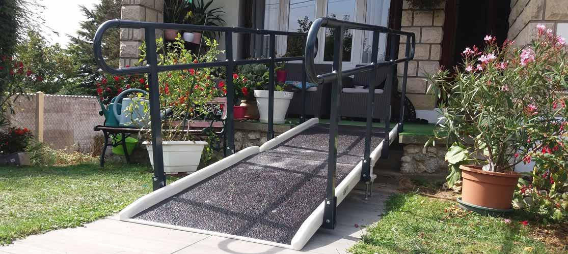 Rampe simple accès pmr et handicapé, fabriquée en France